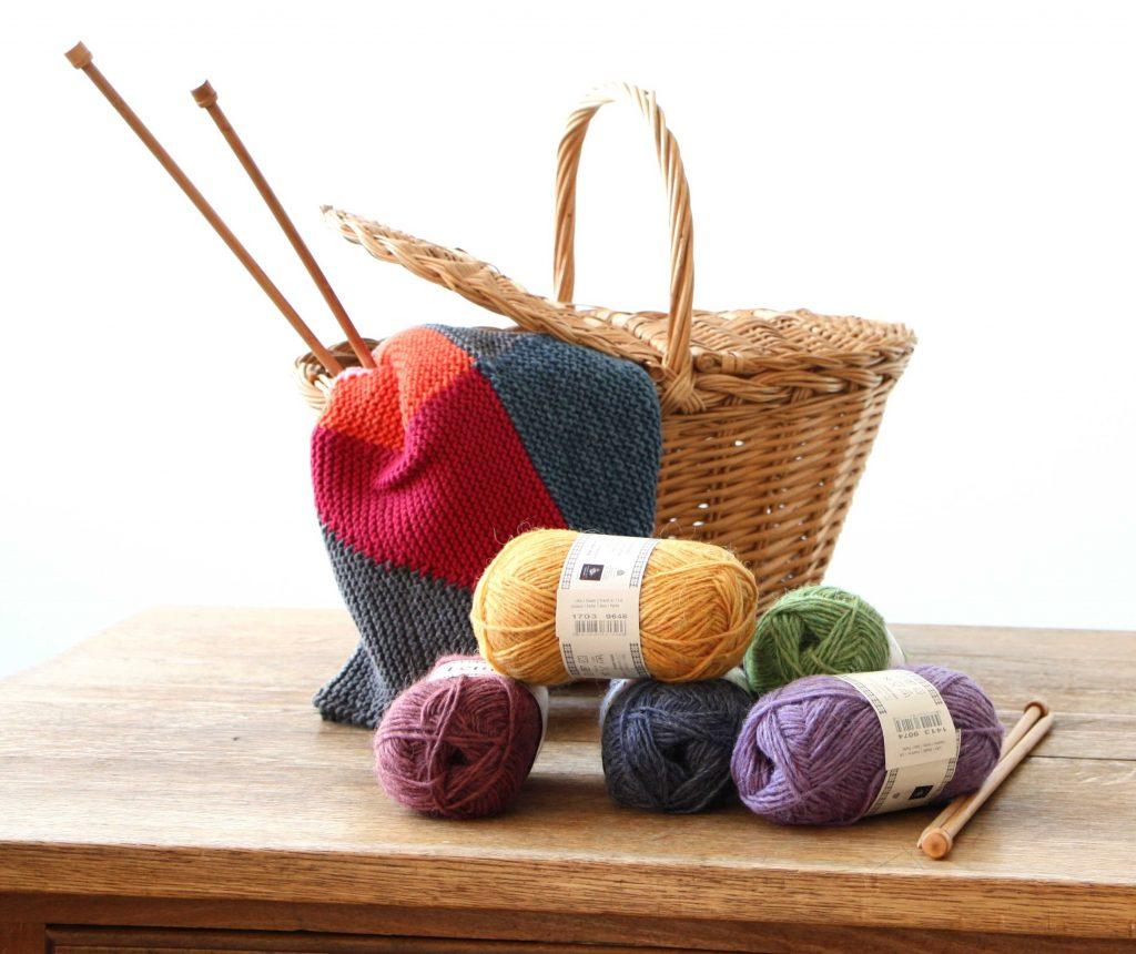 Wolle Stricknadeln